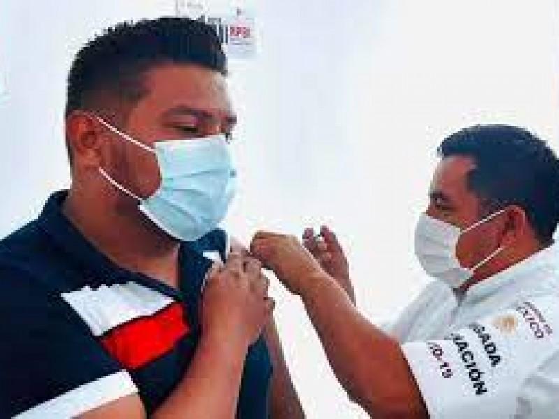 Arranca vacunación para personas de 40 a 49 años