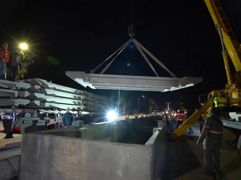 Arrancan montaje de piso en primera estación de Mi Macro