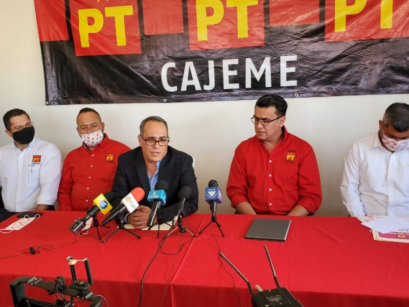 Arremete exfuncionario contra la administración de Sergio Pablo Mariscal