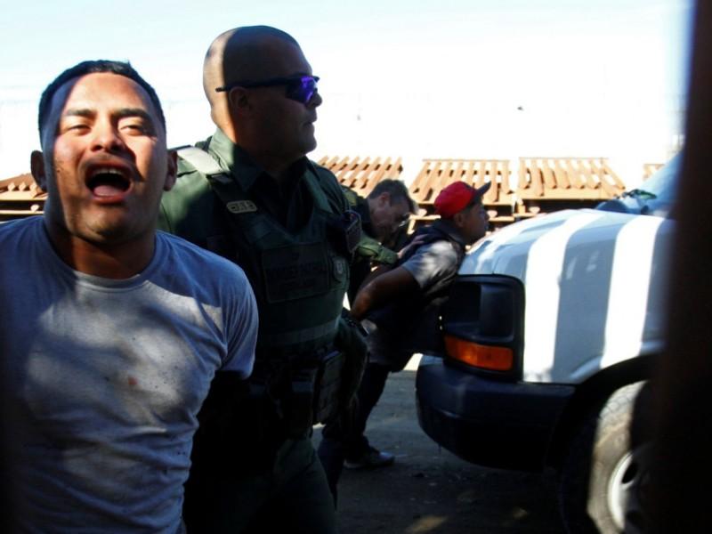 Arrestan a 42 migrantes centroamericanos en EUA