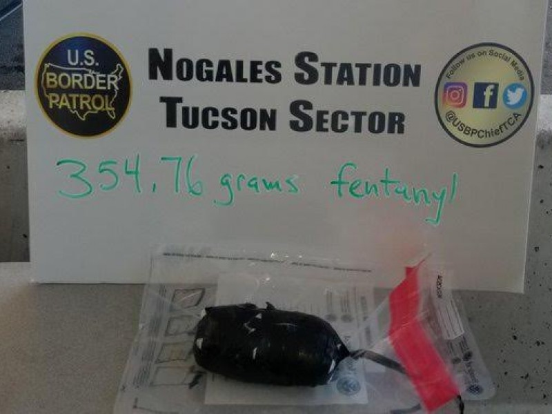 Arrestan a ciudadano norteamericano por transportar drogas