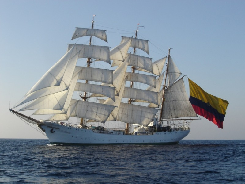 Arriba Buque Escuela Colombia estará abierto al público