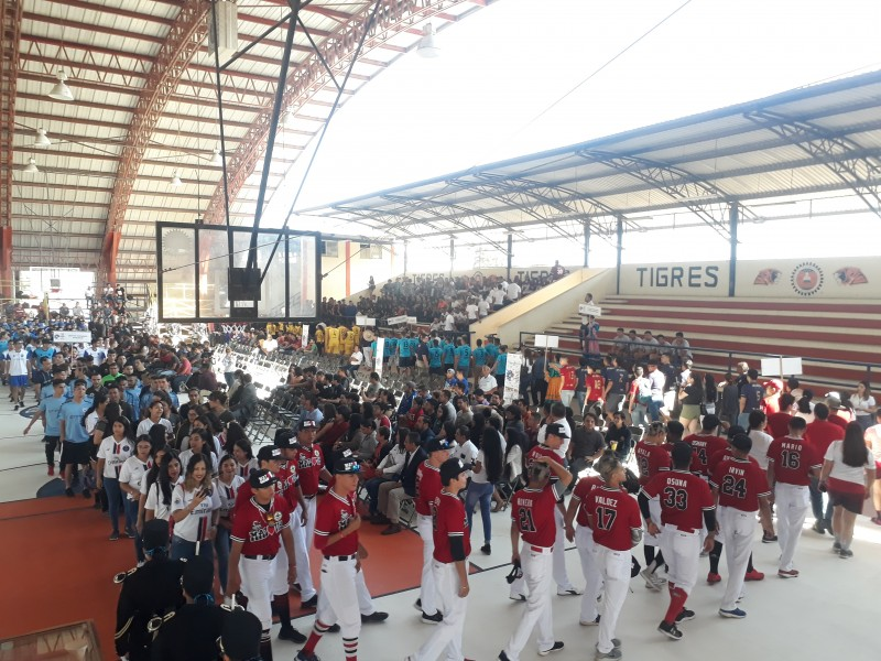 Arriban 700 deportistas al Pre Deportivo Nacional ITN
