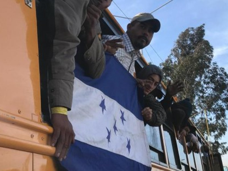 Arriban a Tijuana otros 348 migrantes centroamericanos