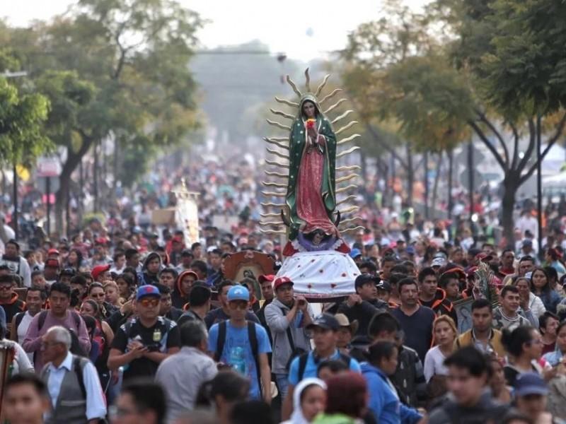Arriban miles de peregrinos a Basílica de Guadalupe
