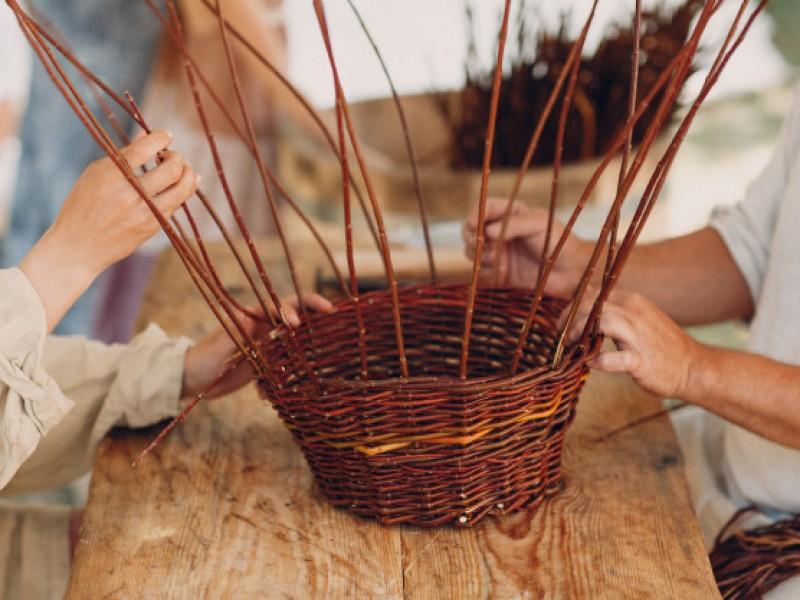 Artesanos indígenas inseguros en la zona piel