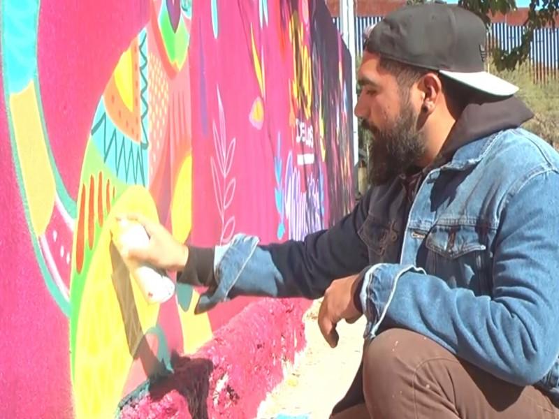 Artista visual da vida a paredes de panteones