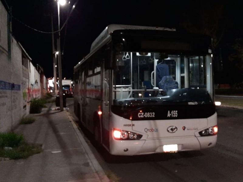 Asaltan a chofer de ruta 12 de Qrobus