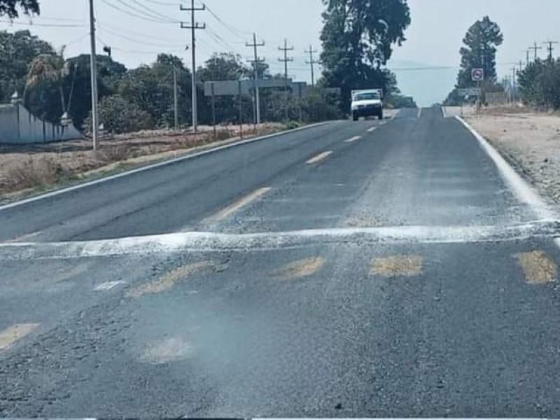 Asaltan nuevamente camión de trabajadores de AUDI en Acajete