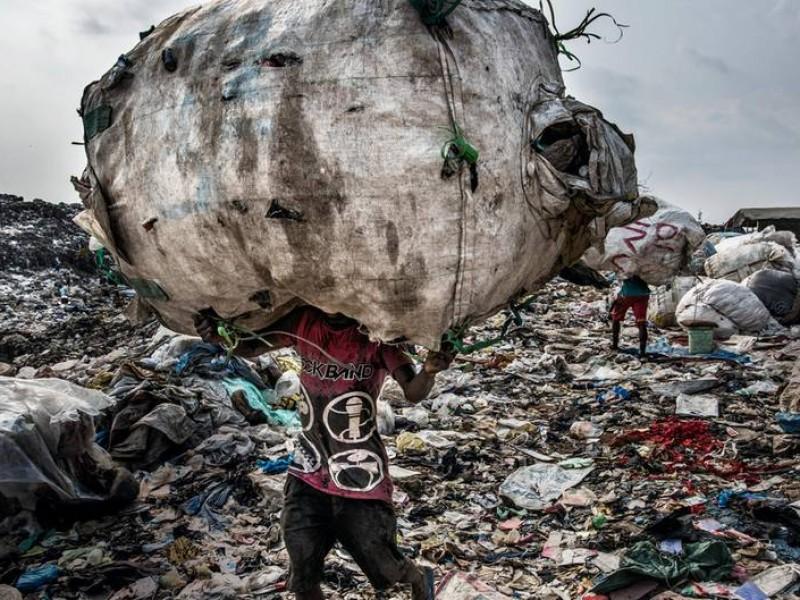 Aseguran 16.86 toneladas de residuos tóxicos