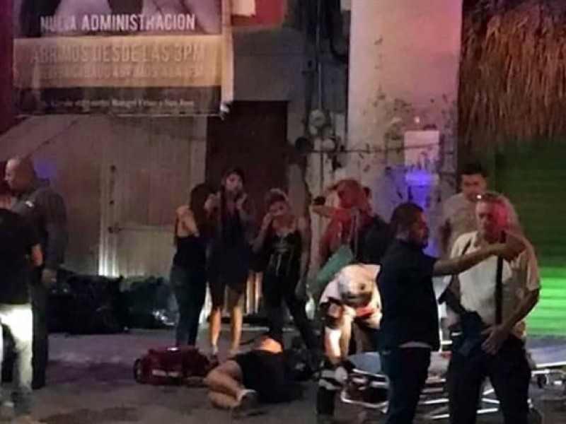 Asesinan a 4 personas en bares de NL