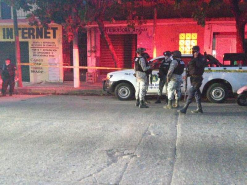 Asesinan a balazos a mujer en colonia de Acapulco