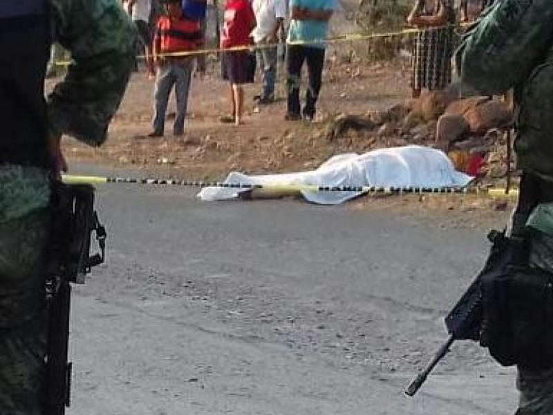 Asesinan a funcionario público en Guerrero