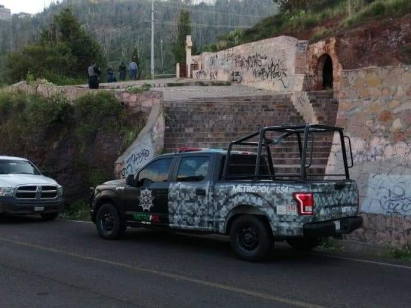Asesinan a indigente a pedradas en escalinata a La Bufa