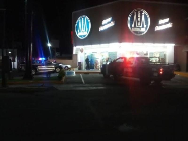 Asesinan a un joven en asalto a farmacia en TGZ