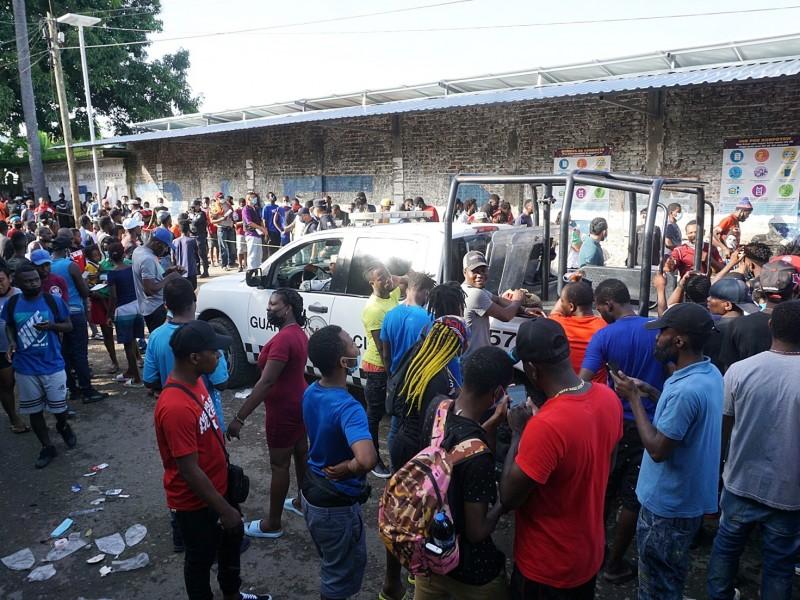 Asociaciones civiles piden agilizar trámites migratorios ante aglomeraciones