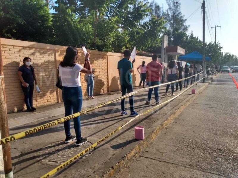 Aspirantes del CREN realizaron examen de admisión presencial