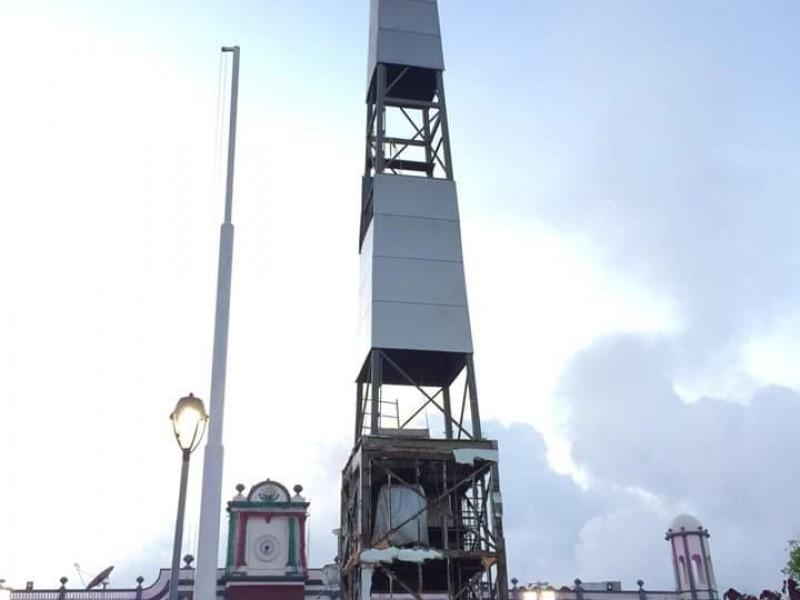 Asta bandera sustituirá a obelisco de Plaza Bicentenario