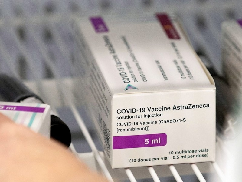 AstraZeneca ajusta vacuna covid para variante sudafricana