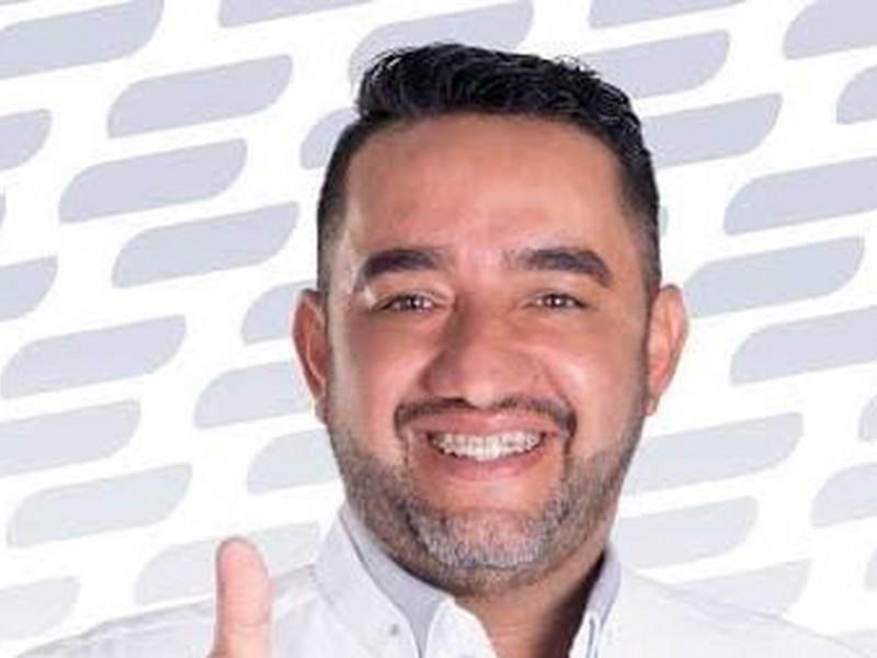 Atacan a balazos a candidato a diputado en Michoacán
