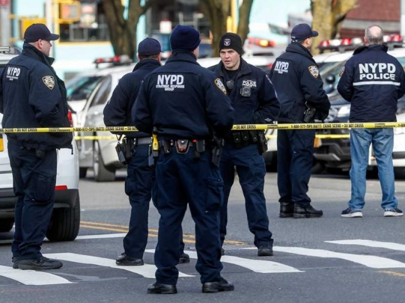 Atacan a policias en Nueva York