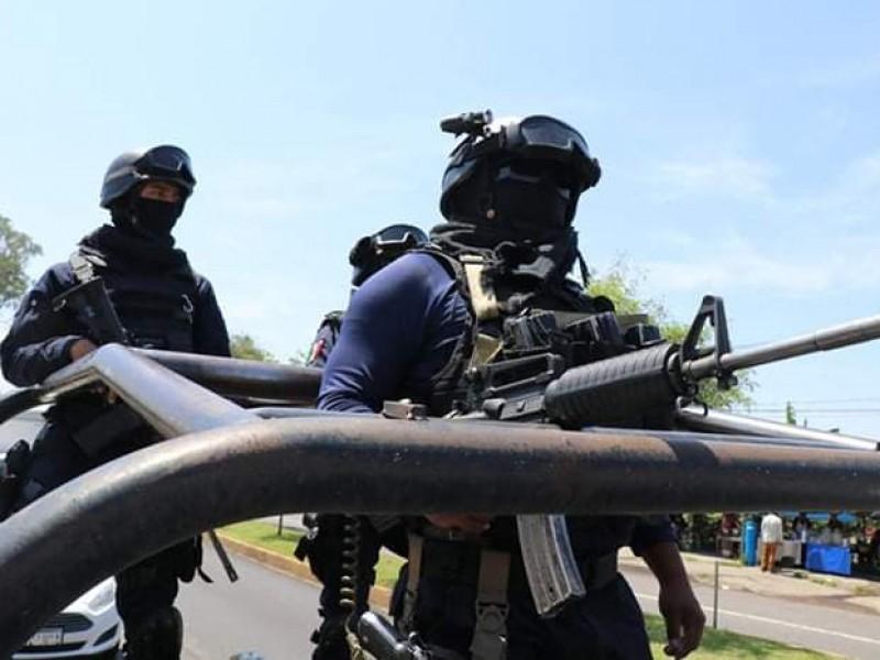 Atacan convoy de vacunas en Tangancícuaro