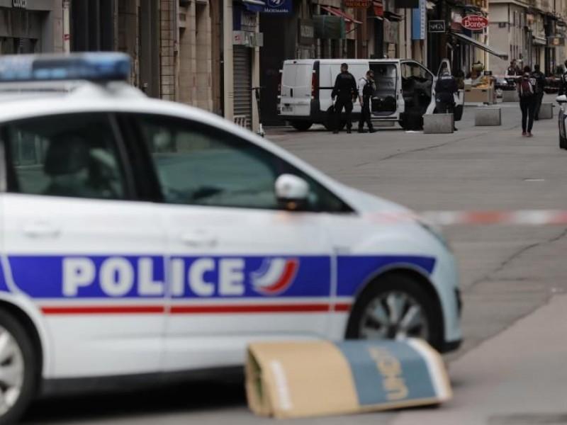 Ataque en Lyon deja un muerto y heridos