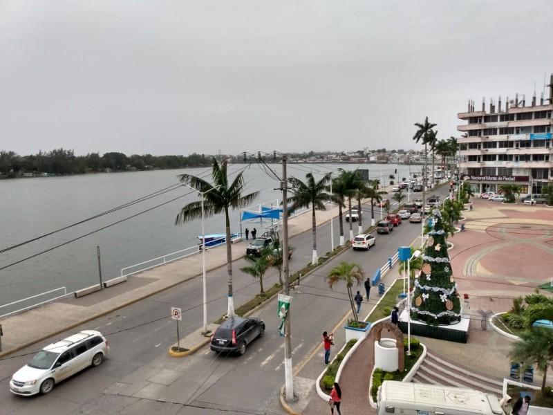 Atentos ante paso del  Frente Frío 27 en Tuxpan
