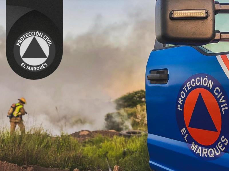 Atienden incendio de llantas en la México - Querétaro