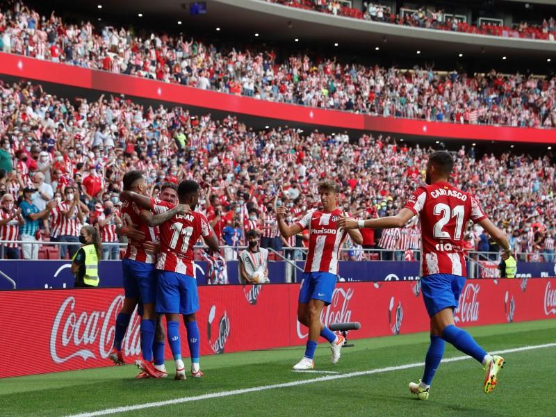 Atlético de Madrid gana en su regreso a casa