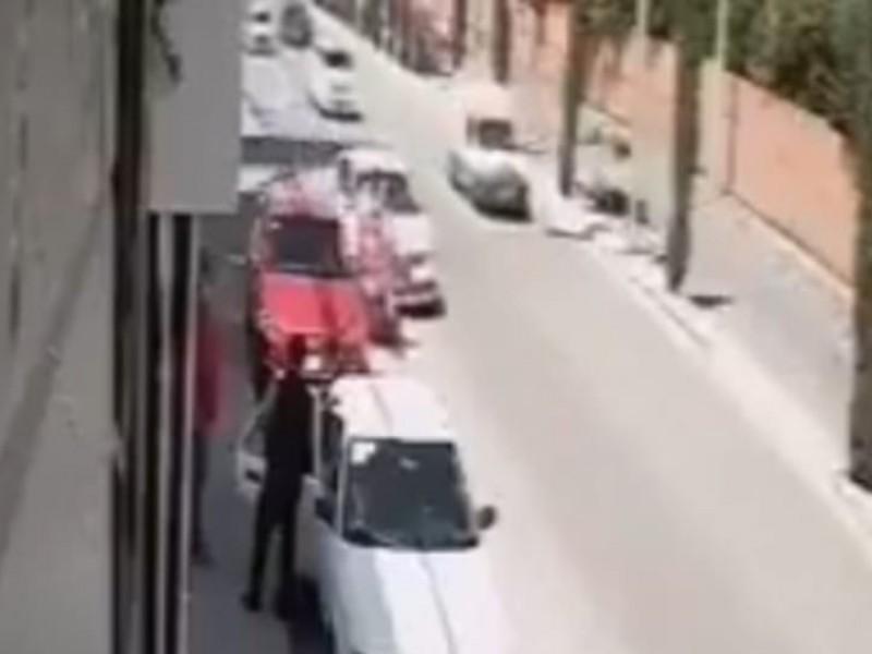(VIDEO)Atropellan a mujer discapacitada en Zavaleta, el responsable huyó