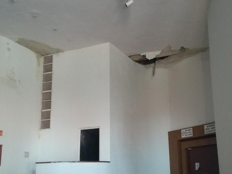 Protección civil clausura auditorio en Navojoa