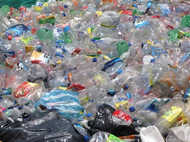 Aumenta 200% uso de plástico y desechos
