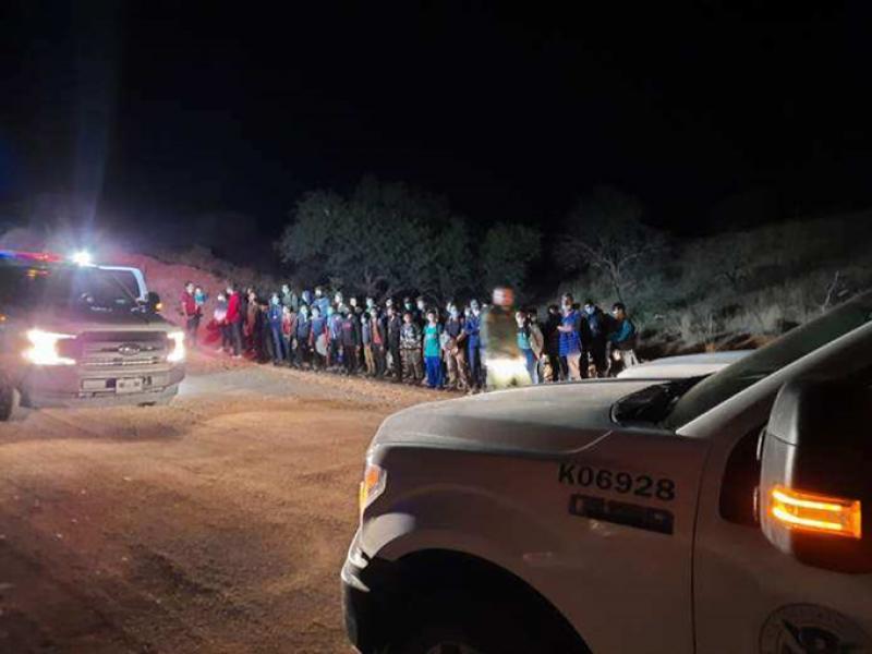 Aumenta a 160% detención de menores migrantes