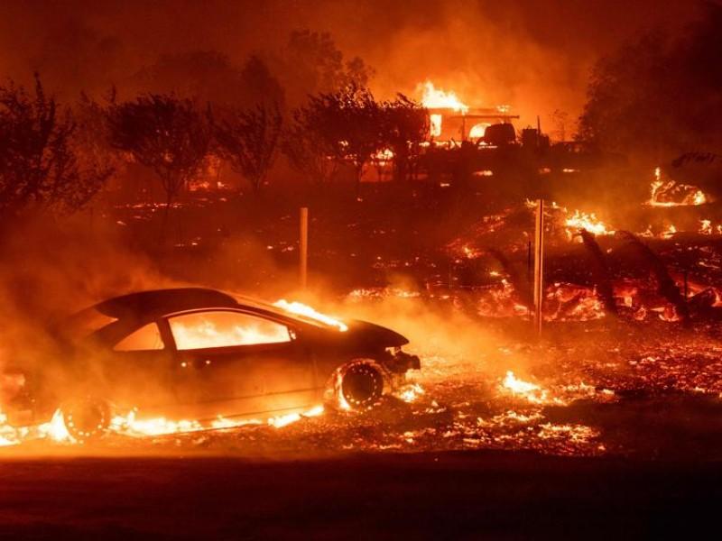 Aumenta cifra de victimas por incendios en California