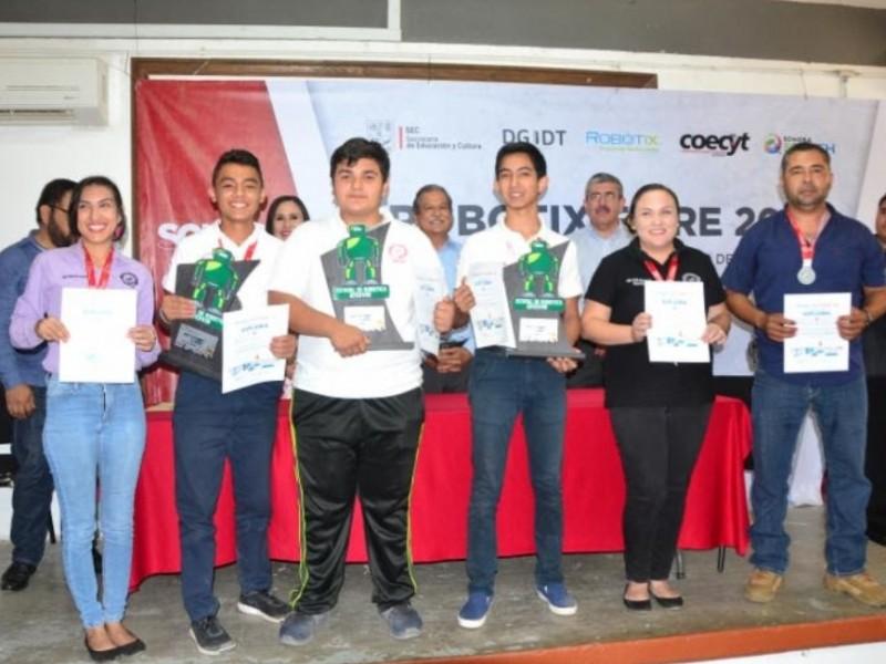Aumenta participación en competencia Robotix Faire