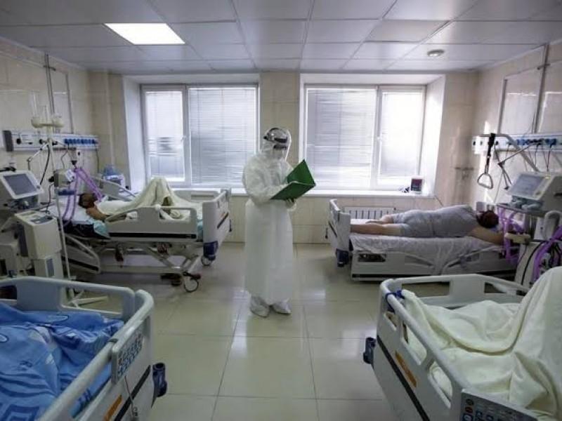 Aumentan jóvenes hospitalizados por Covid-19