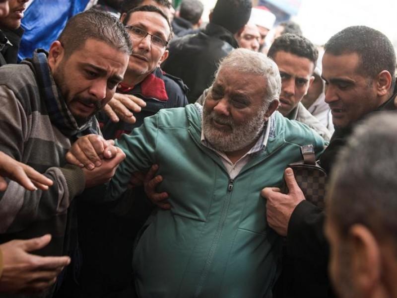 Aumentan muertos por explosión suicida en El Cairo