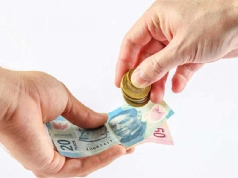 Aumentará el salario mínimo, promete AMLO
