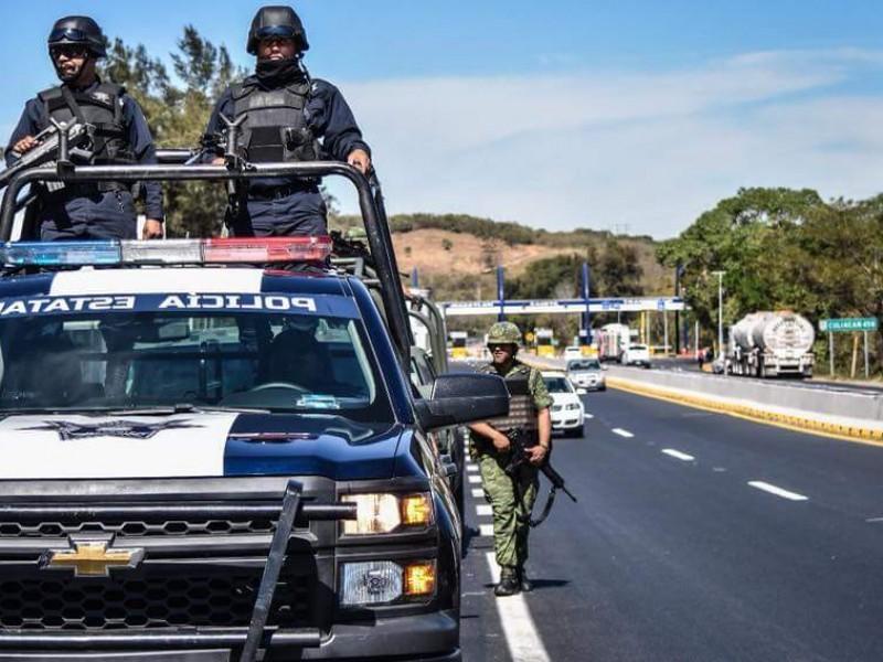 Aumento a policías debe incluir a jubilados