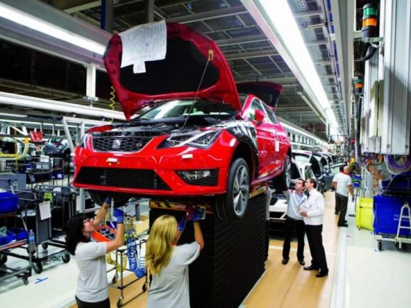 Aún con T-MEC, prevén caída del 40% en sector automotriz