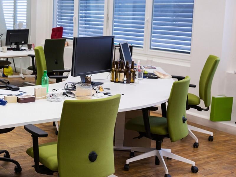Ausentismo por covid-19 retrasa productividad en empresas
