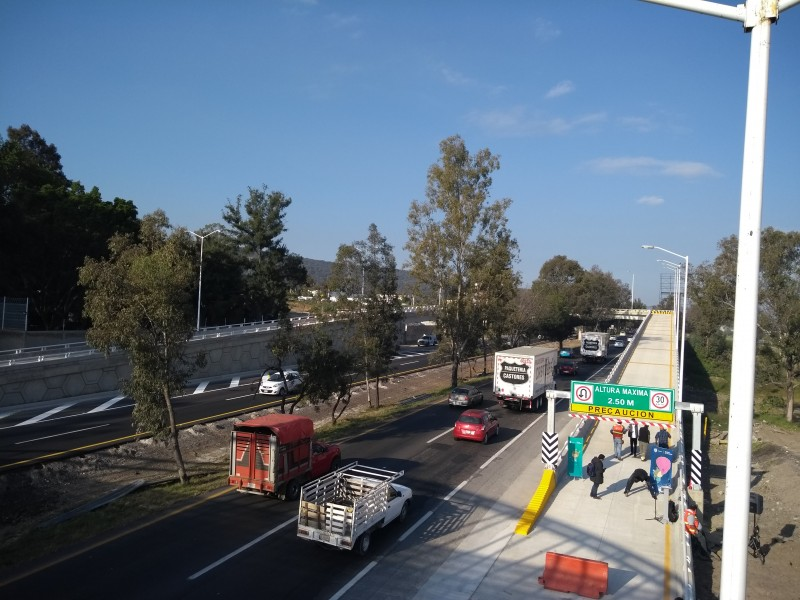 Automovilistas estrenan retorno en Rancho Contento