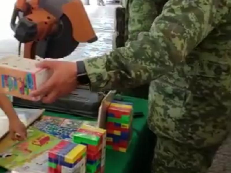 Autoridades fomentan el canje de juguetes bélicos