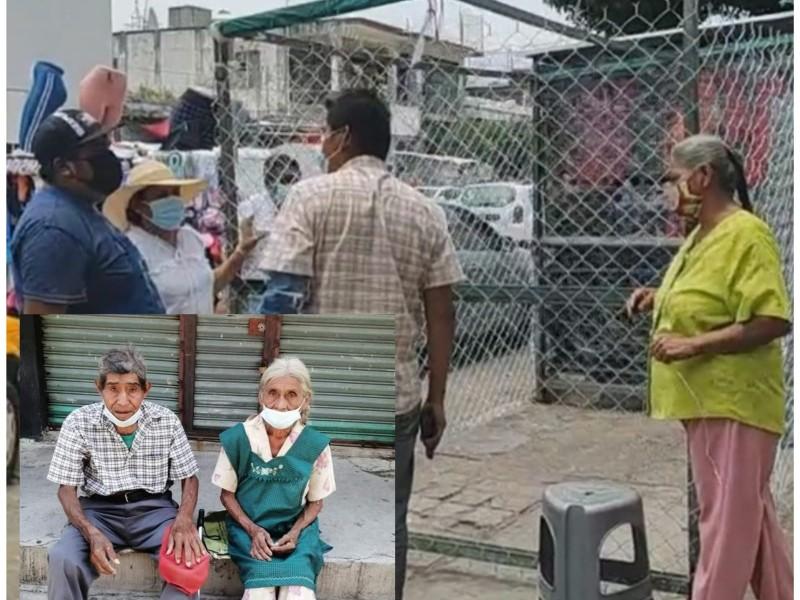 Autoridades regresan espacio de trabajo a don Felipe y esposa