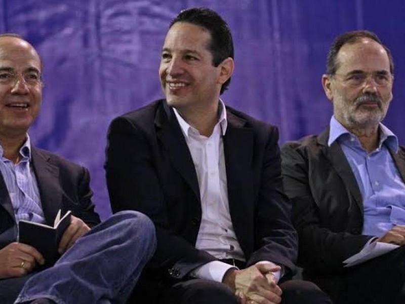 Autoridades respetan salida de Felipe Calderón