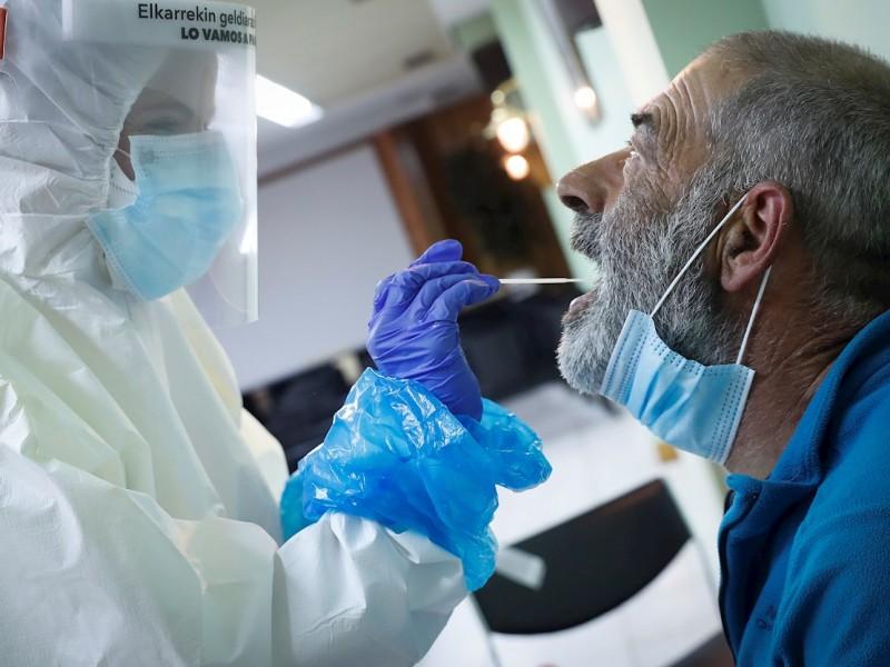 Autoridades sanitarias aumentan espectro de toma de muestras