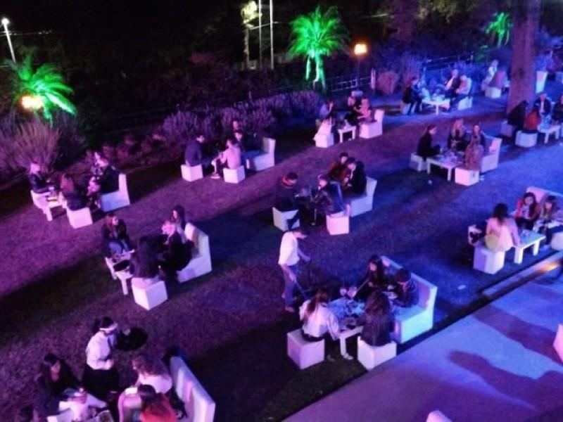 Autorizan eventos al aire libre con aforo del 20%
