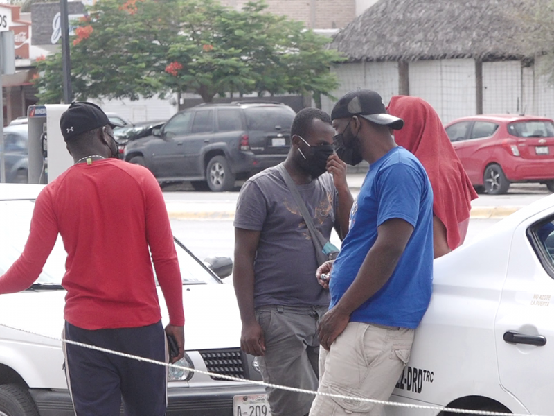 Autorizan salida de migrantes haitianos a Acuña
