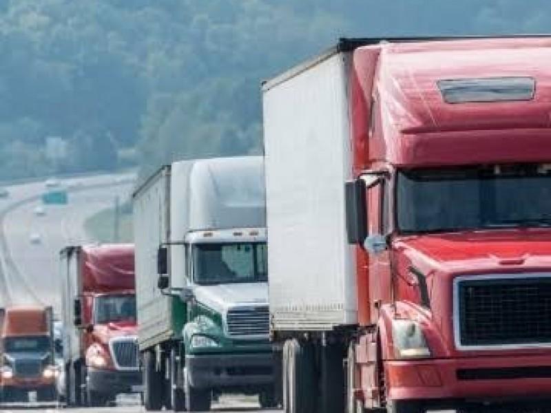 Autotransporte de carga en Guanajuato impactando por inseguridad y amenazas fiscales